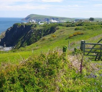 Pembrokeshire coastal path - The Pembrokeshire coast path covers 186 miles, view our interactive coastal path map and plan your walking journey.