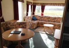 mountain-farm-static-living-room
