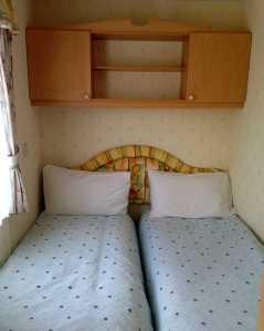 mountain-farm-twin-bed